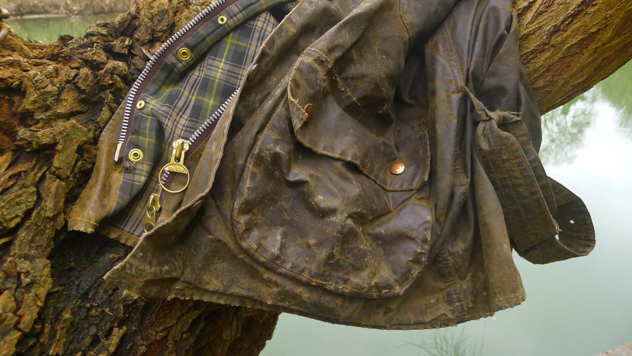 Leather jacket zip repair - Waxjacket Repairs